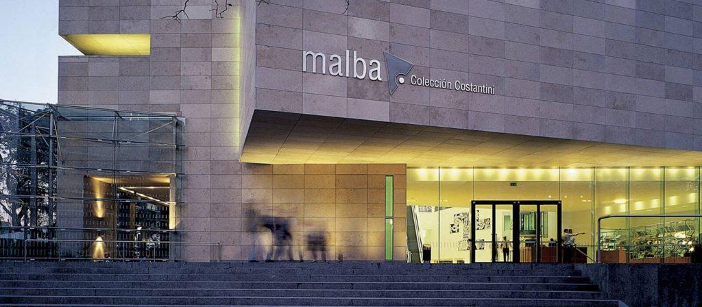 Entrada do MALBA - Reprodução